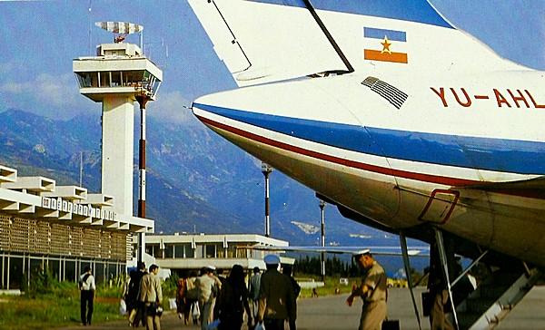 Naam: Caravelle lawaaitrap  Tivat, Montenegro.jpg Bekeken: 416 Grootte: 87,3 KB