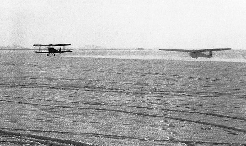 Naam: a1 De Kooy 1957. ZCH vloog door - kopie.jpg Bekeken: 802 Grootte: 126,3 KB