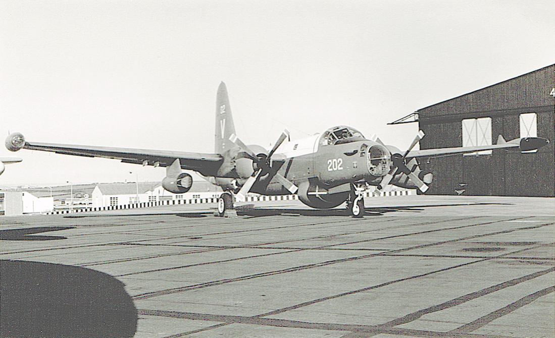 Naam: #297. '202'. Lockheed SP-2H Neptune. 1100 breed.jpg Bekeken: 133 Grootte: 106,8 KB