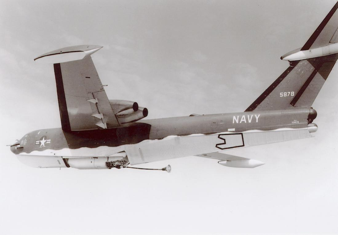 Naam: Foto 669. Martin P6M-2 Seamaster (BuNo 145878. 5878. MSN P-9). 4x Pratt & Whiney J-75 turbojet e.jpg Bekeken: 86 Grootte: 49,1 KB