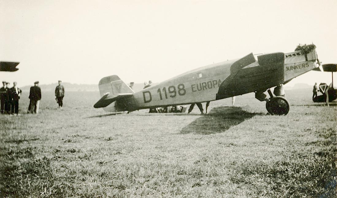 Naam: Foto 439. D-1198 'Europa'. Junkers W.33. 1100 breed.jpg Bekeken: 107 Grootte: 112,3 KB