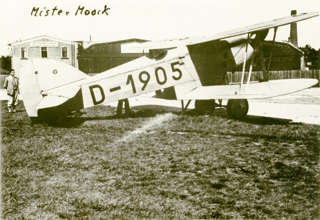 Naam: Foto 457. 'D-1905'. Arado SSD I. 1100 breed.jpg Bekeken: 272 Grootte: 150,5 KB