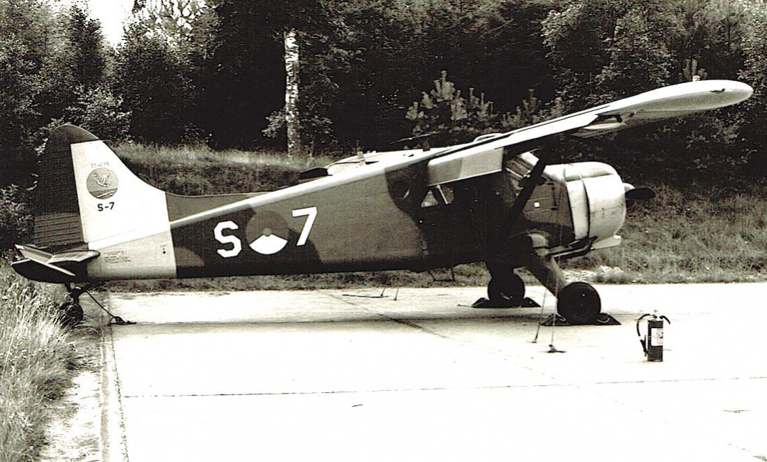 Naam: Foto 154. 'S-7'. De Havilland Canada DHC-2 (mil. U-6A : L-20A) Beaver, kopie 1100.jpg Bekeken: 348 Grootte: 130,9 KB