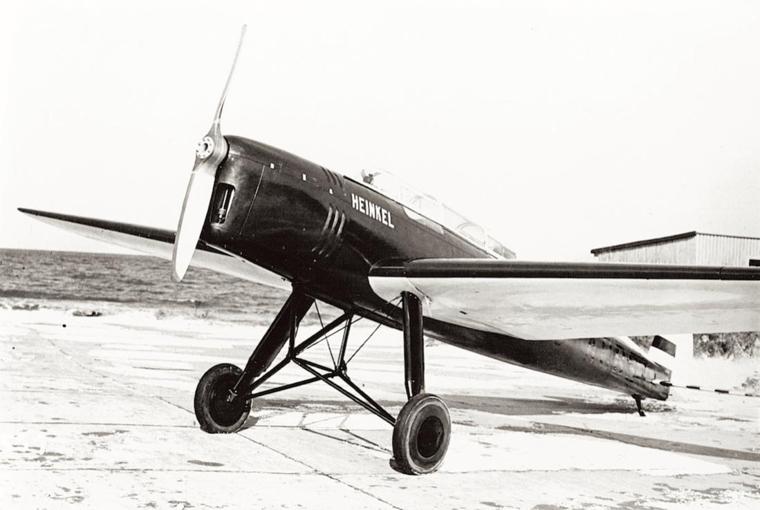 Naam: Foto 477. D-2305. Heinkel He 64 C. 1100 breed.jpg Bekeken: 120 Grootte: 81,2 KB