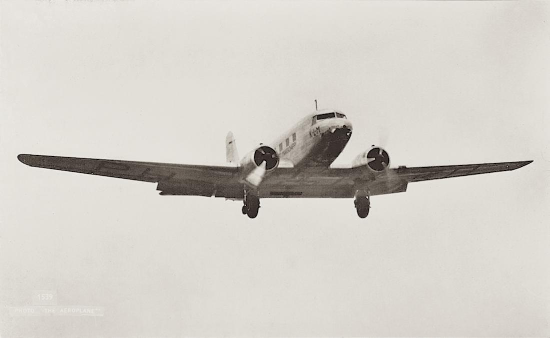 Naam: Kaart 732. PH-AKH 'Haan'. Douglas DC-2.jpg Bekeken: 341 Grootte: 36,3 KB