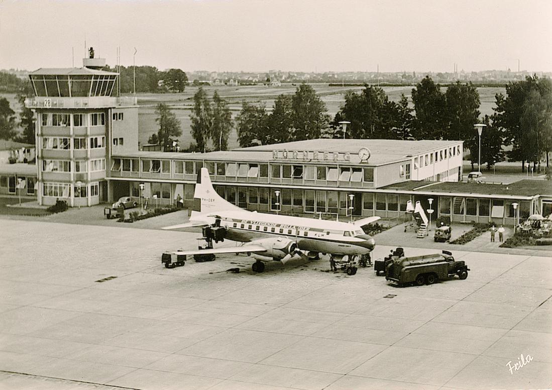 Naam: Kaart 738. PH-CEF 'Frans Hals'. Convair Liner CV-240 op vliegveld Neurenberg. 1100 breed.jpg Bekeken: 115 Grootte: 133,7 KB