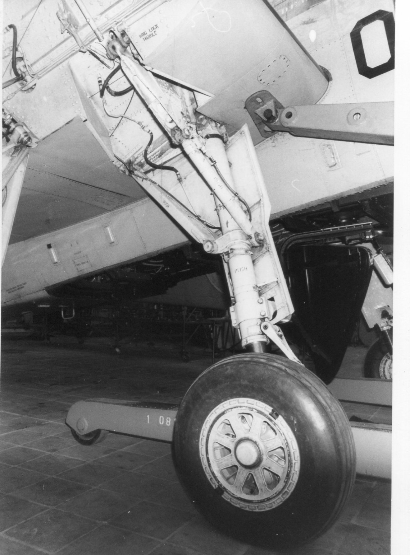 Naam: Anthony Fokkerschool nov 1972 (10).jpg Bekeken: 452 Grootte: 281,7 KB