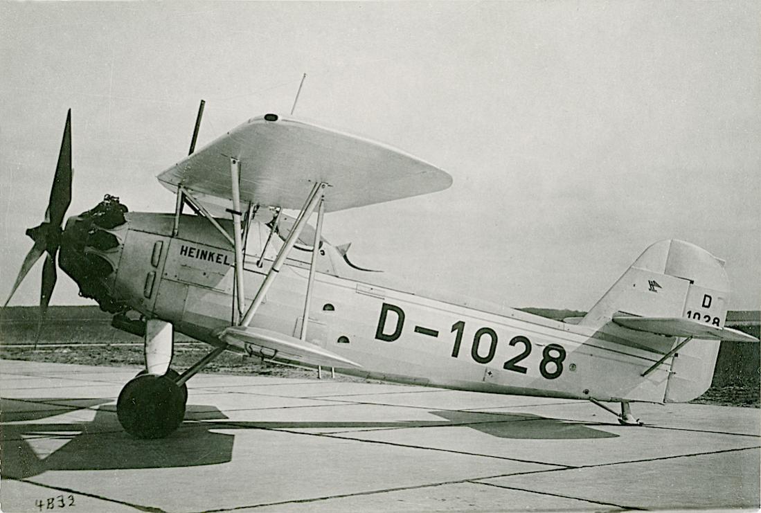 Naam: Foto 473. 'D-1028'. Heinkel He 46a. 1100 breed.jpg Bekeken: 27 Grootte: 109,4 KB