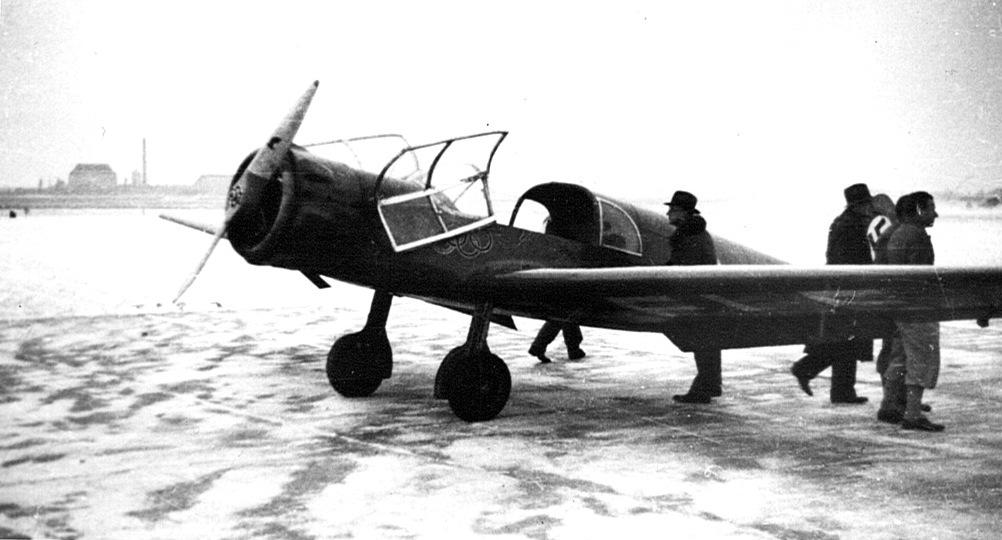 Naam: 20. Me 108 met Sh 14 motor. Gekocht uit archief Heinz Nowarra.jpeg Bekeken: 5063 Grootte: 129,5 KB