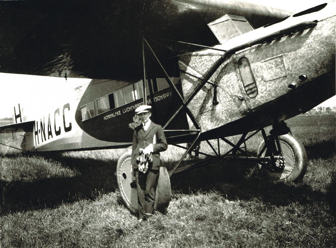 Naam: Foto 197. 'H-NACC'. Fokker F.VII, kopie 1100.jpg Bekeken: 403 Grootte: 162,8 KB