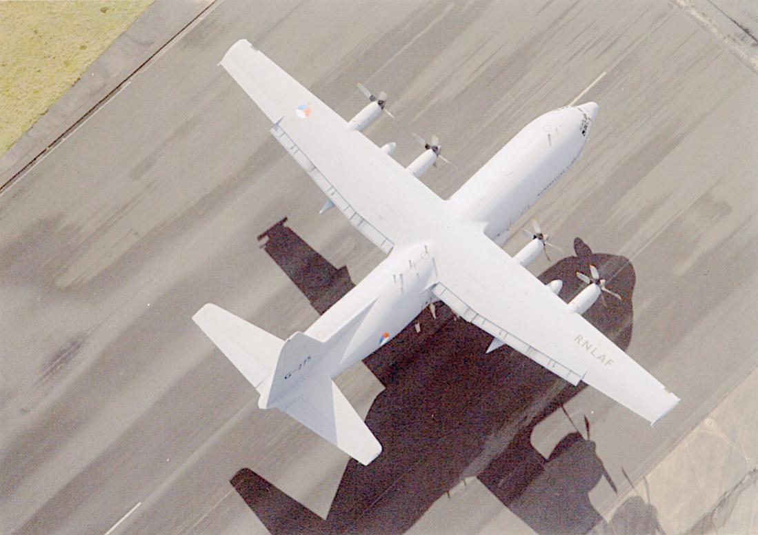 Naam: Foto 259. G-275. Lockheed Hercules. 1100 breed.jpg Bekeken: 238 Grootte: 89,3 KB