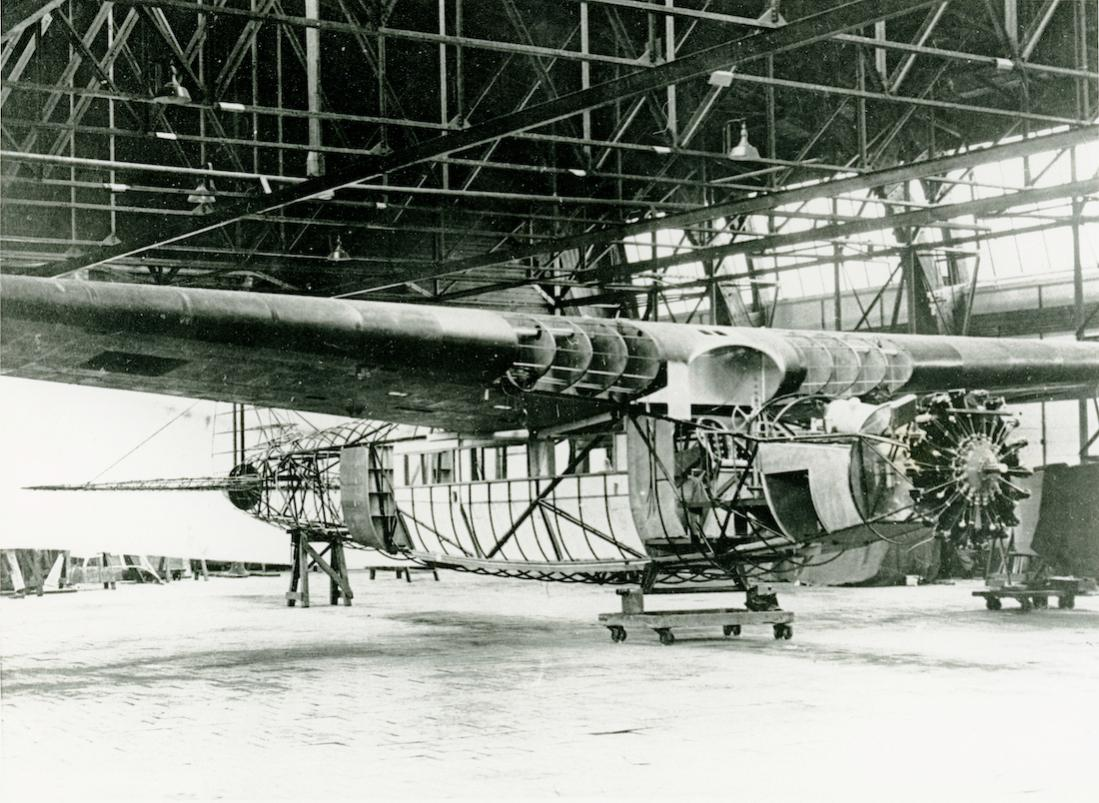 Naam: Foto 357. Bouw van de Fokker F.XX. 1100 breed.jpg Bekeken: 128 Grootte: 152,9 KB