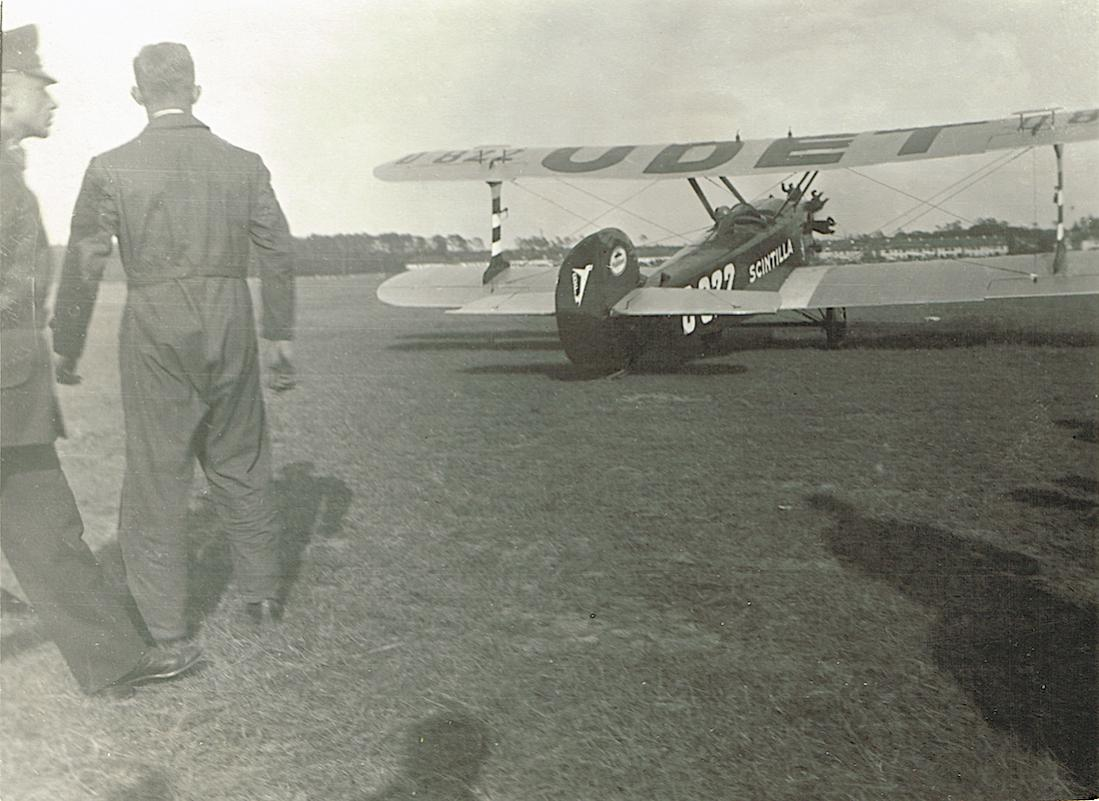 Naam: Foto 420. D-822 Udet U 12a Spezial : Juni 1933 - U 12b Spezial.jpg Bekeken: 223 Grootte: 109,7 KB