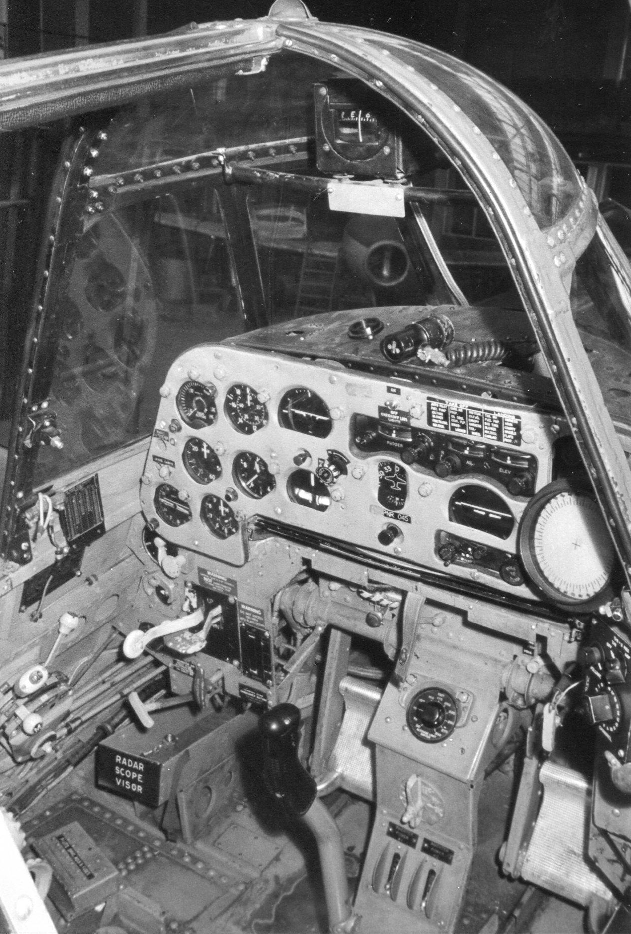 Naam: Anthony Fokkerschool nov 1972 (6).jpg Bekeken: 350 Grootte: 421,1 KB