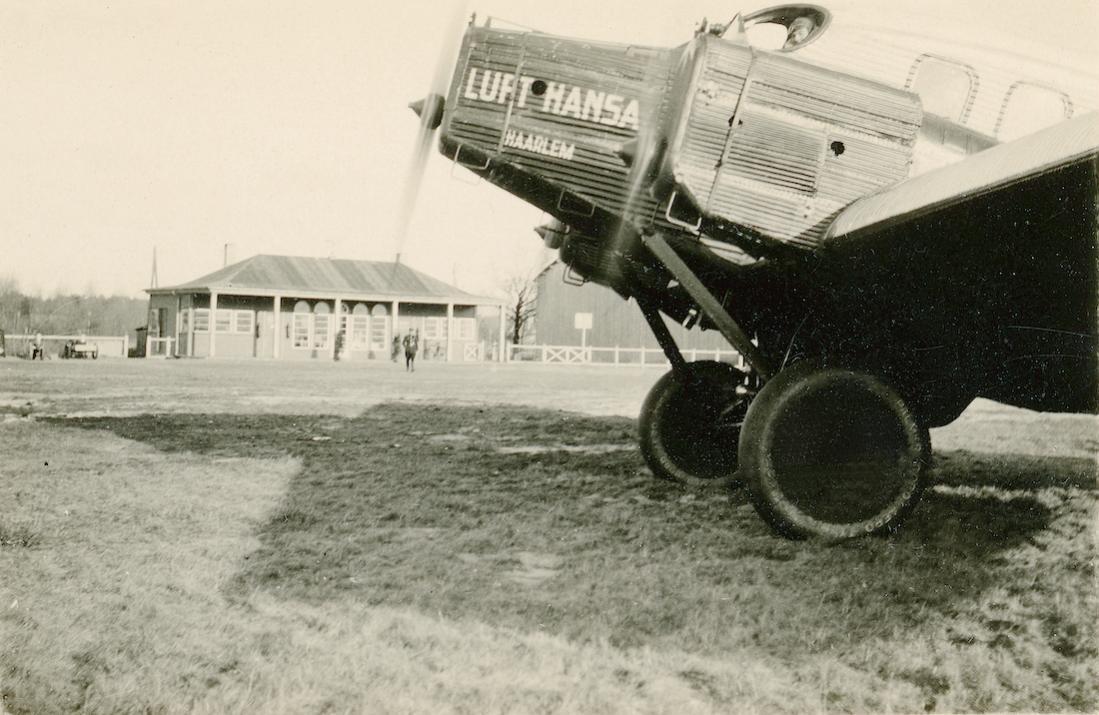 Naam: Foto 475. D-878. Junkers G.24 'Haarlem'. 1200dpi.jpg Bekeken: 65 Grootte: 109,7 KB