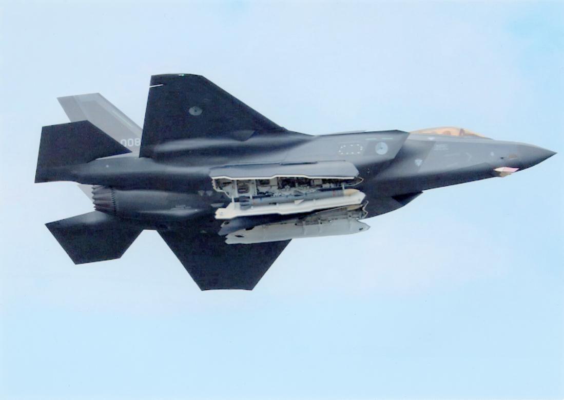 Naam: Foto 249. 'F-008'. Lockheed Martin F-35A Lightning II. 1100 breed.jpg Bekeken: 45 Grootte: 43,7 KB