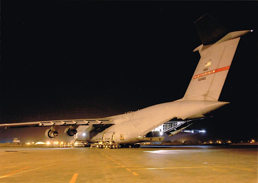 Naam: Foto 660. 70-0452 : 00452. Lockheed C-5A Galaxy. 1100 breed.jpg Bekeken: 299 Grootte: 66,0 KB