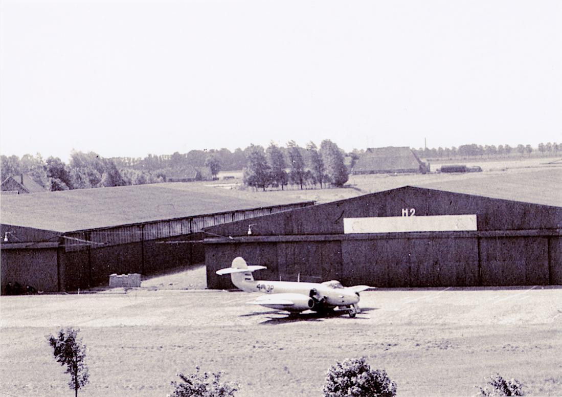 Naam: Foto 209. Meteor F.Mk.4. 1100 breed.jpg Bekeken: 219 Grootte: 102,7 KB