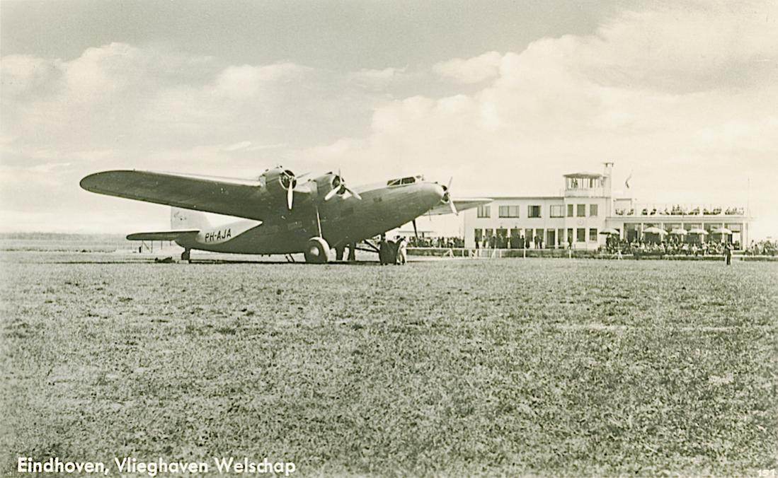 Naam: Kaart 746. Fokker F.XXXVI op Welschap. 1100 breed.jpg Bekeken: 77 Grootte: 125,8 KB