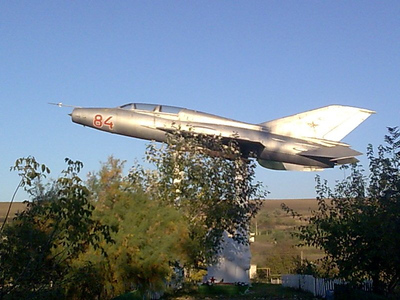 Naam: MiG-21U-600 . Semionovca, Moldova.jpg Bekeken: 86 Grootte: 92,3 KB