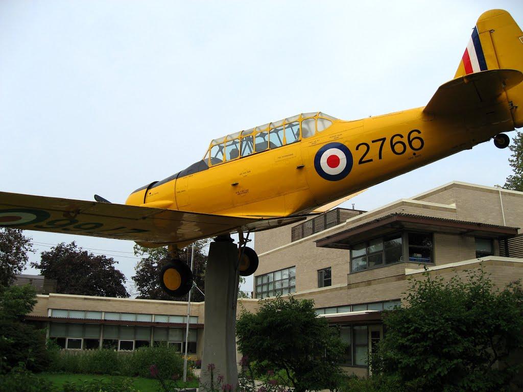 Naam: Harvard II , Dunnville, Ontario, Canada.jpg Bekeken: 152 Grootte: 115,0 KB