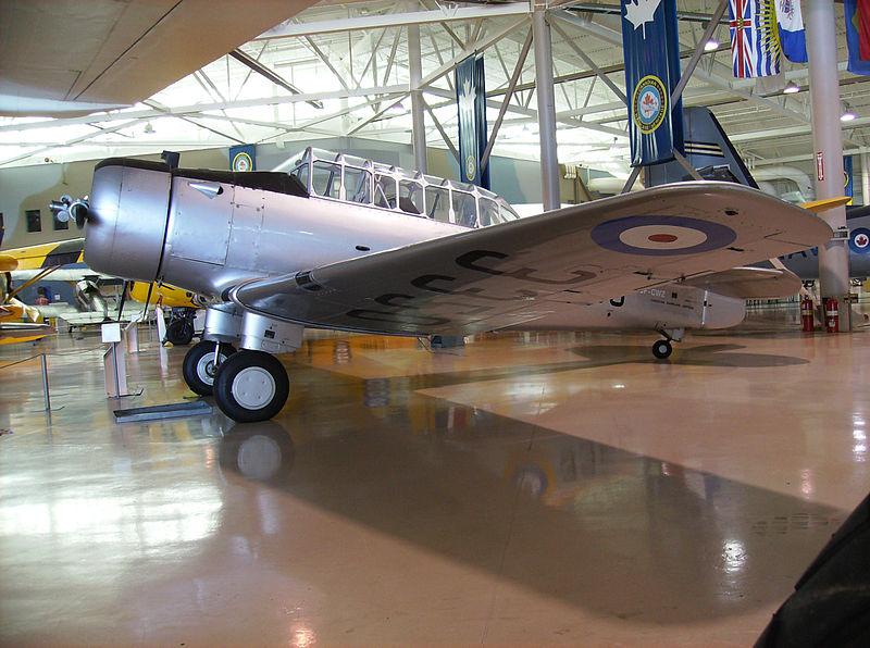 Naam: NA.64 , Canadian Warplane Heritage Museum in Hamilton, Ontario.jpg Bekeken: 145 Grootte: 114,7 KB