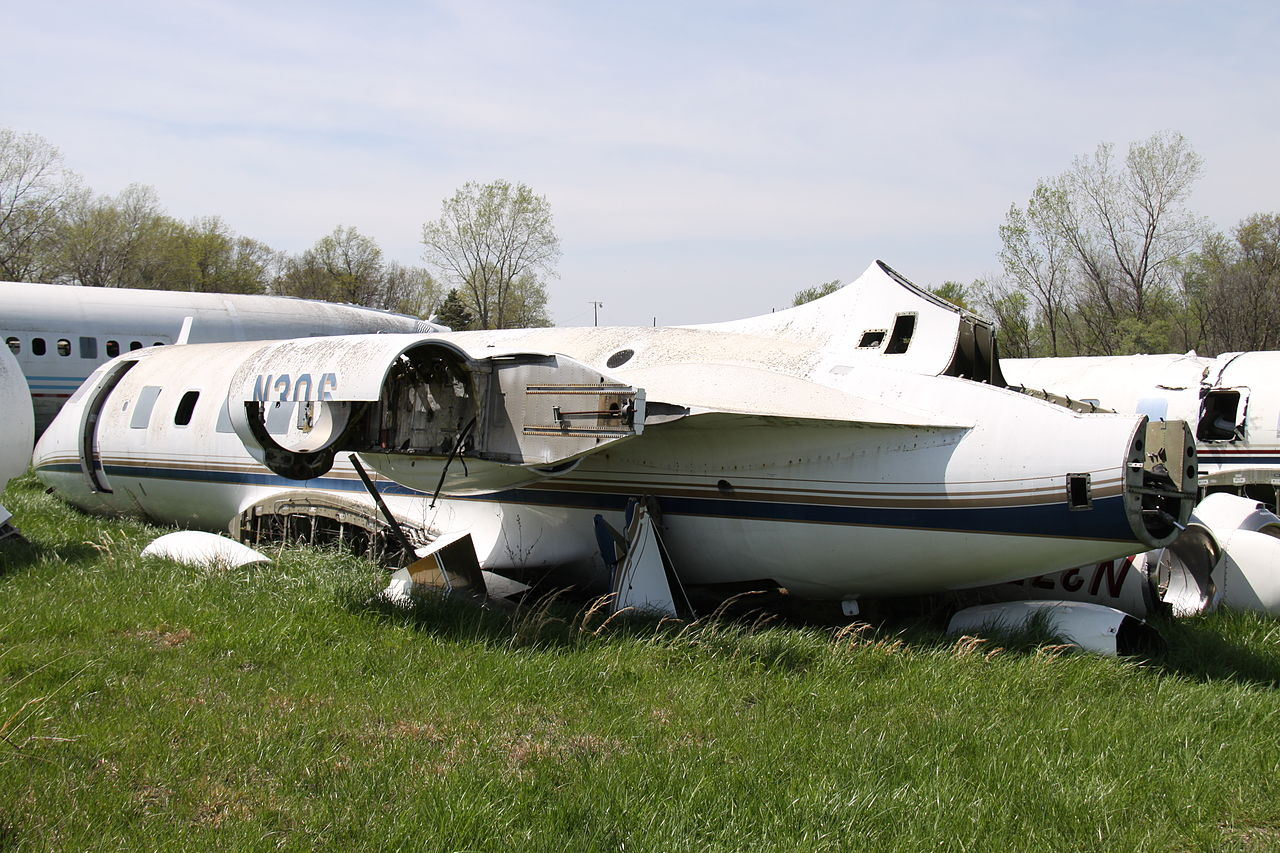Naam: N3QL_Lockheed_Jetstar_(9140841059).jpg Bekeken: 580 Grootte: 250,0 KB