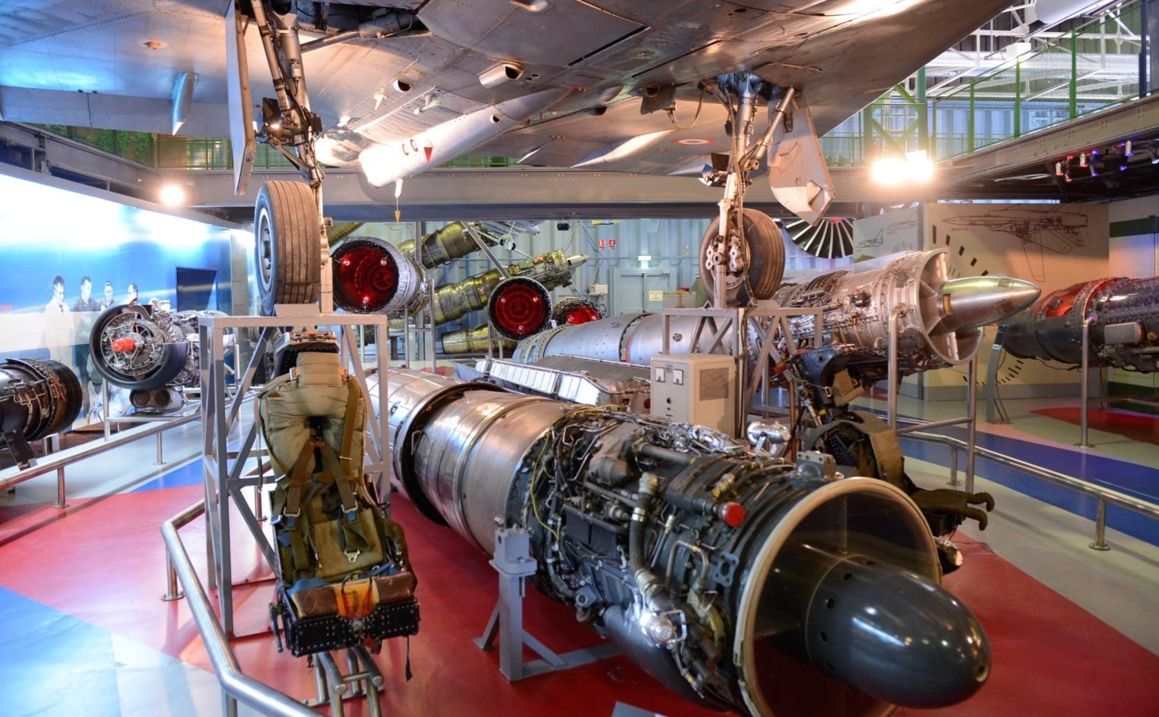 Naam: Musée aéronautique et spatial du groupe SAFRAN , Reau..jpg Bekeken: 67 Grootte: 400,5 KB