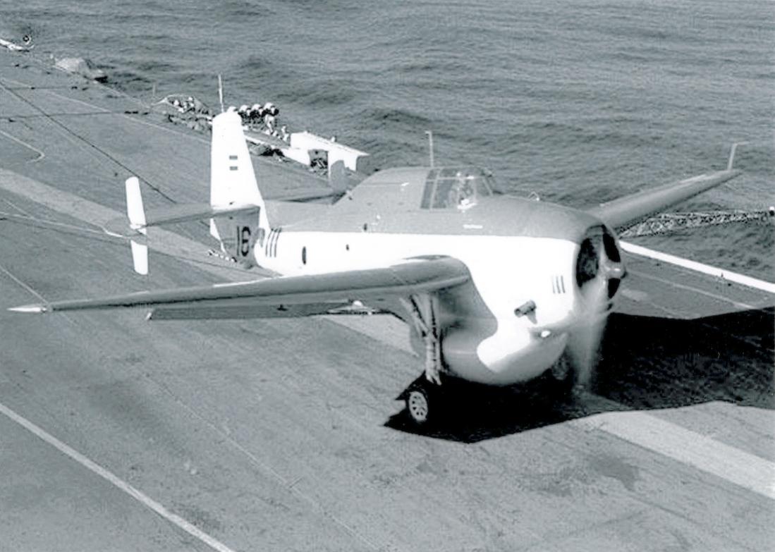 Naam: P-111 (051). Grumman TBM-3W2 Avenger.jpg Bekeken: 148 Grootte: 100,0 KB