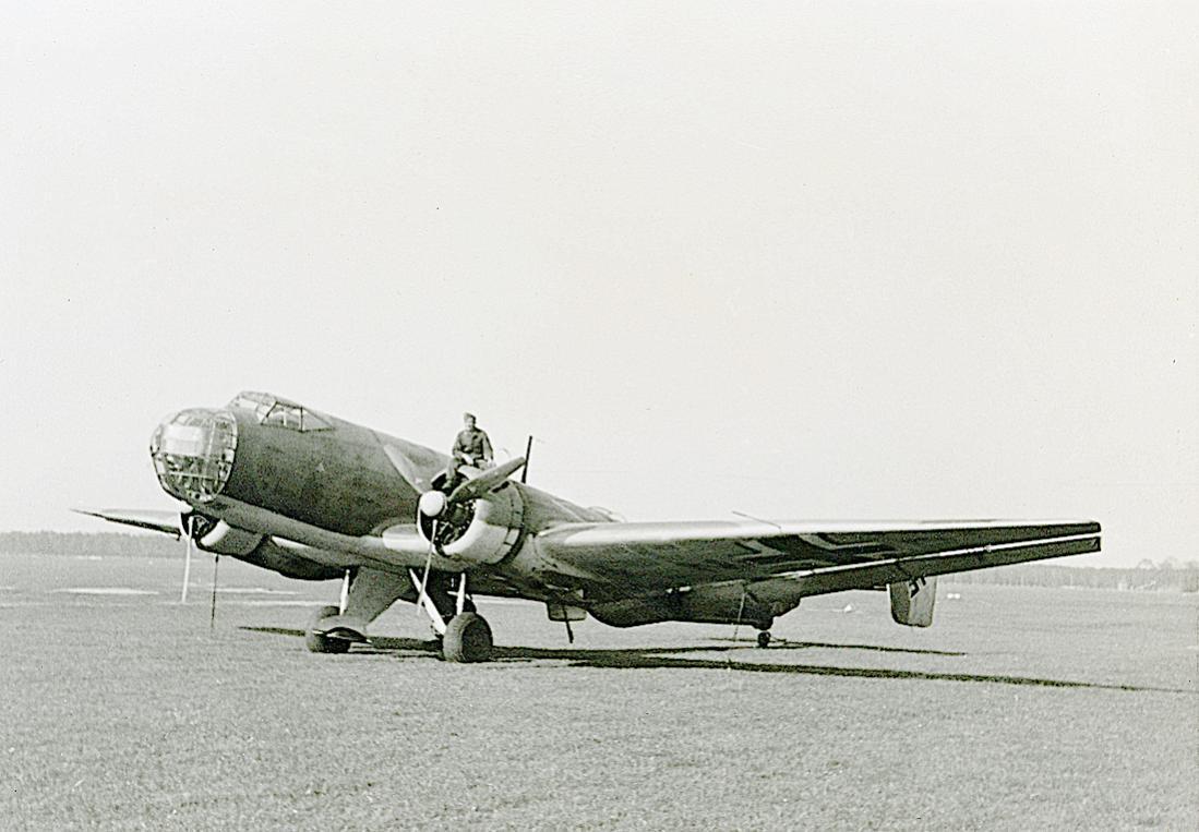 Naam: Foto 581. Junkers Ju-86G. 1100 breed.jpg Bekeken: 391 Grootte: 91,7 KB