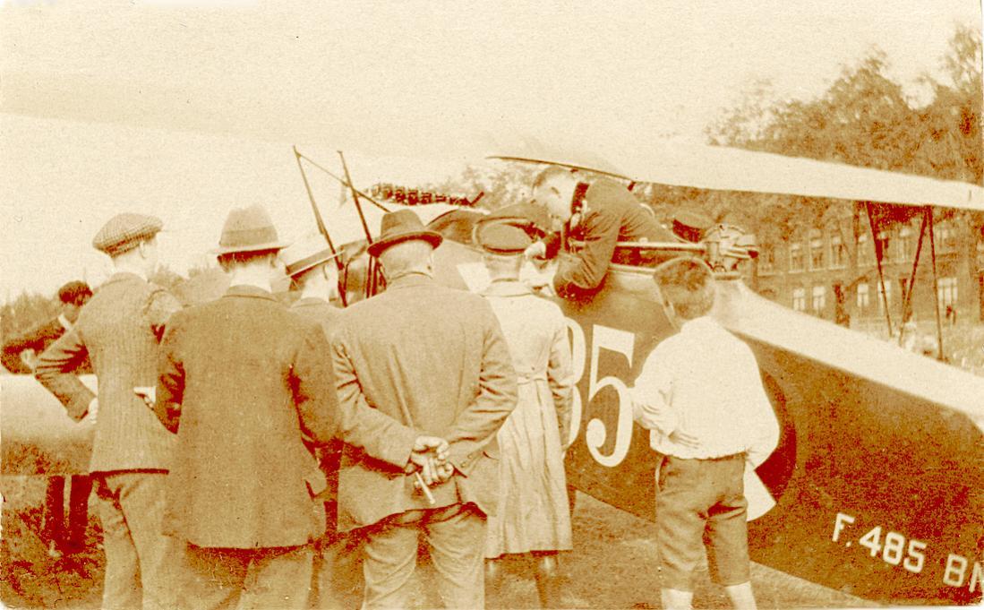 Naam: Foto 141. 485. Fokker C.I. 1100 breed.jpg Bekeken: 222 Grootte: 125,4 KB