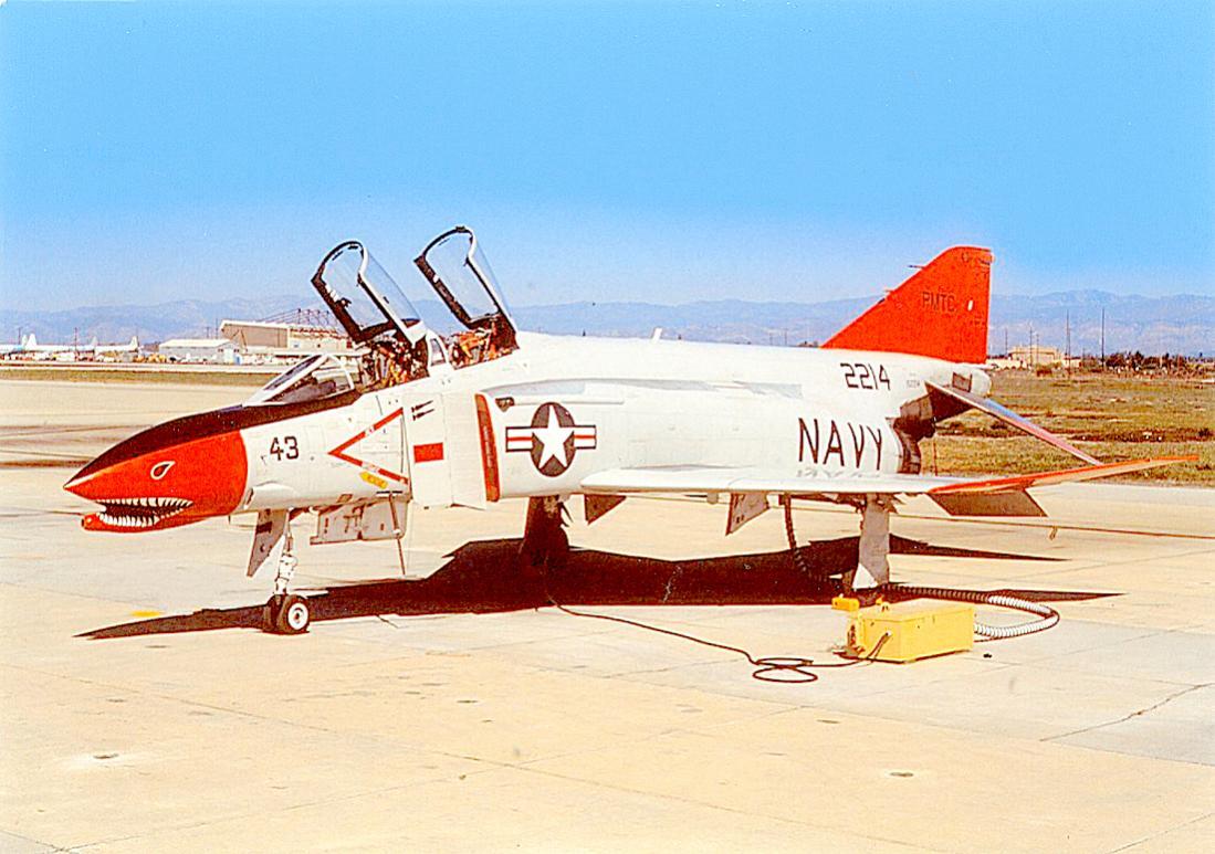 Naam: Foto 818. Phantom II. USN. 1100 breed.jpg Bekeken: 31 Grootte: 114,0 KB