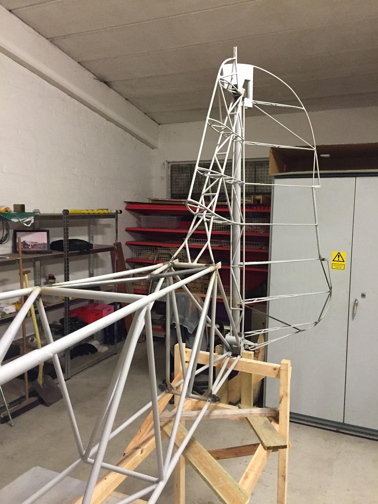 Naam: Rudder applied to fuselage kl.jpg Bekeken: 3071 Grootte: 253,4 KB