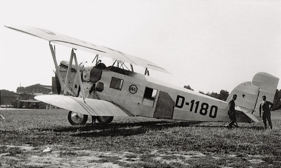Naam: Foto 376. D-1180. Heinkel HD 40 II kopie.jpg Bekeken: 396 Grootte: 98,1 KB