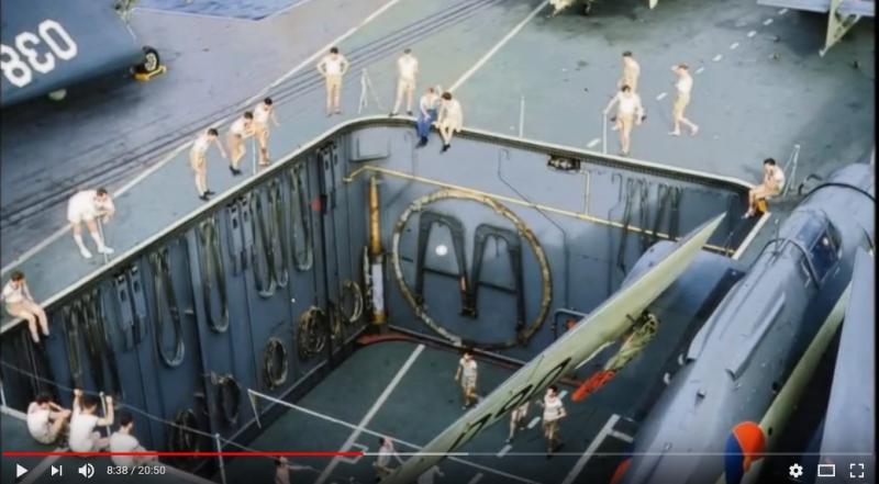 Naam: Screenshot_2018-09-21 HNLMS Karel Doorman (R81) in HD Color 1963 - YouTube(2).jpg Bekeken: 132 Grootte: 48,3 KB