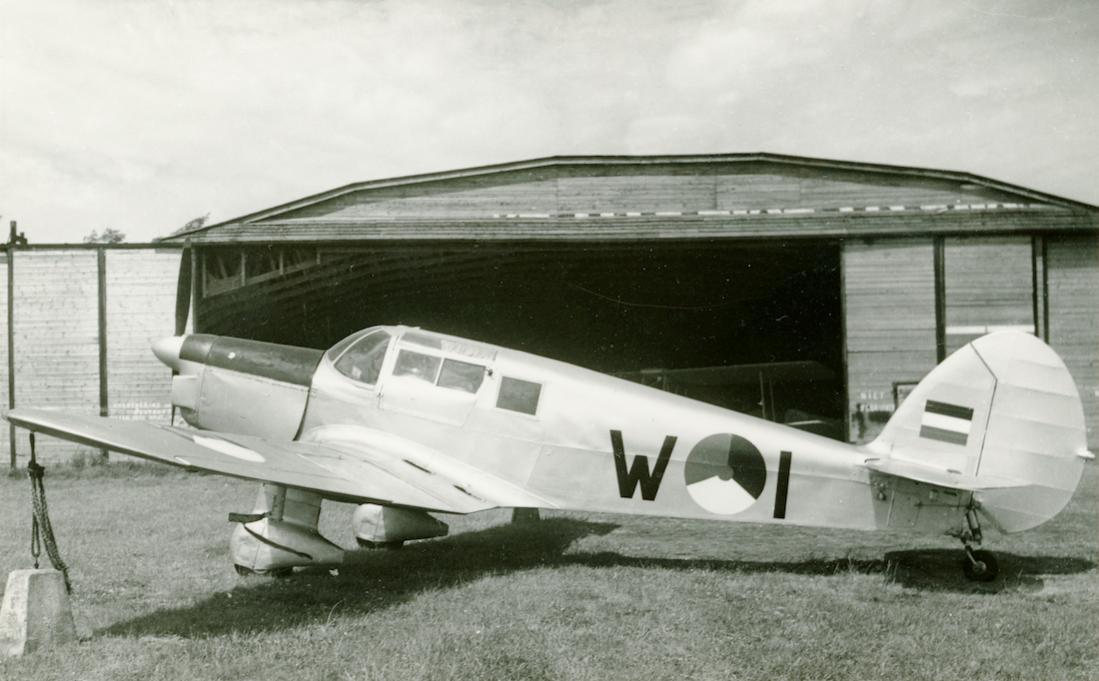 Naam: Foto 216. 'W-1'. Percival Proctor Mk. III. 1100 breed.jpg Bekeken: 249 Grootte: 85,9 KB