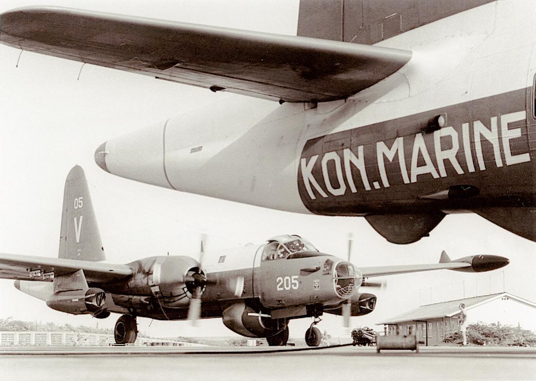 Naam: #298. '205'. Lockheed SP-2H Neptune. 1100 breed.jpg Bekeken: 202 Grootte: 110,3 KB