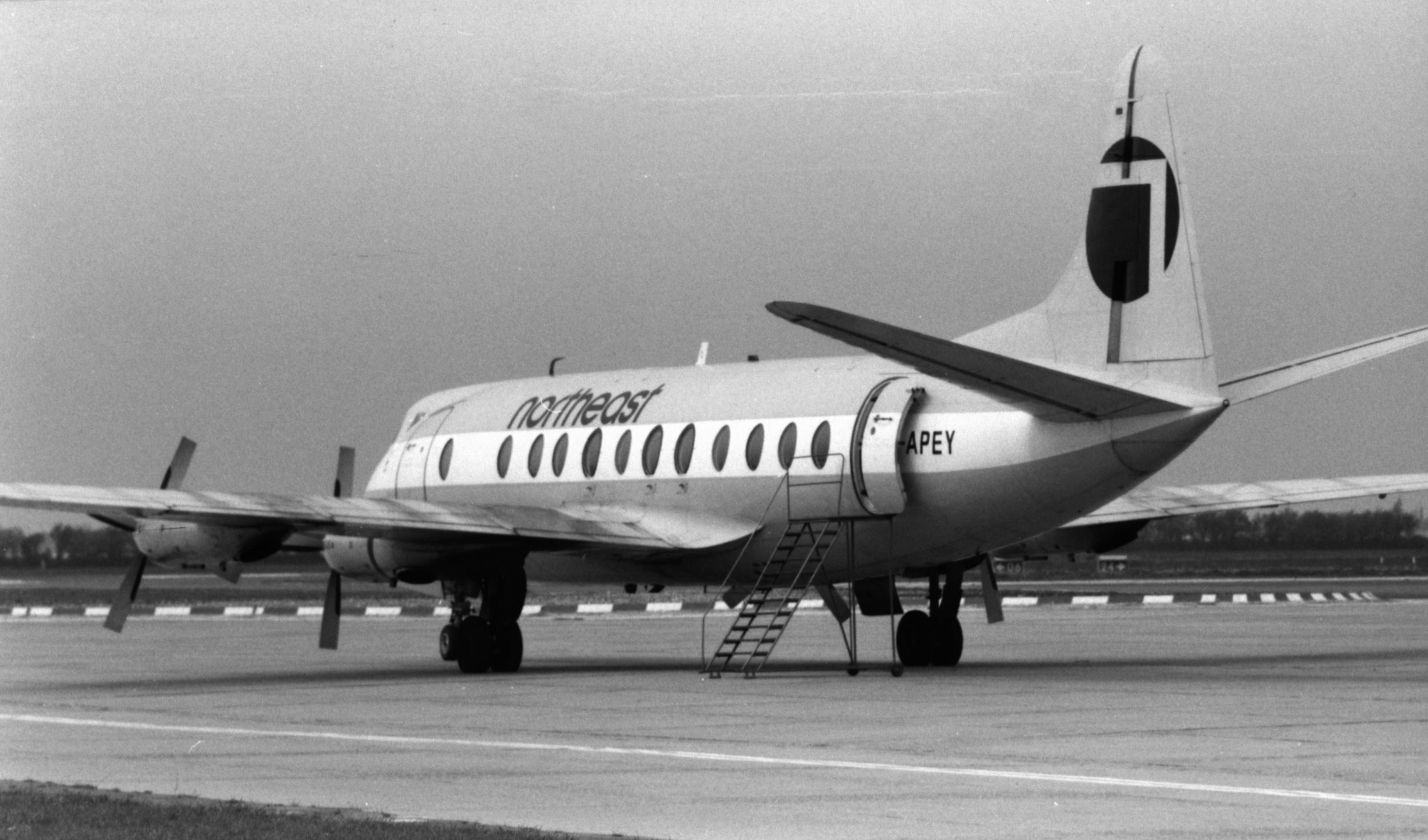 Naam: 11. G-APEY Vickers Viscount, Norteast.jpg Bekeken: 1187 Grootte: 509,4 KB