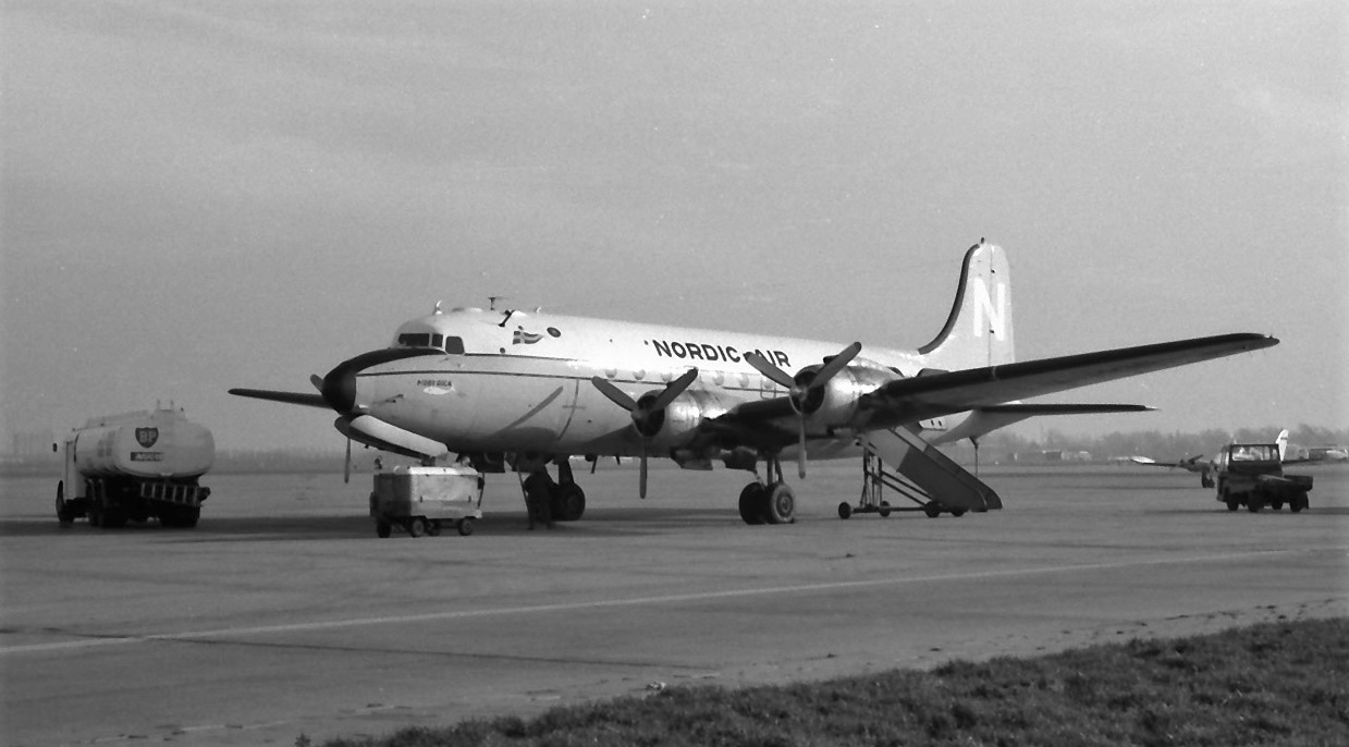 Naam: 18. Douglas DC-4 LN-MOB Nordic.jpg Bekeken: 1140 Grootte: 148,7 KB