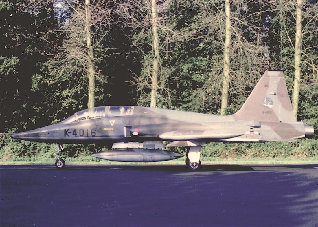 Naam: Foto 211. 'K-4016'. Northrop NF-5B. 1100 breed.jpg Bekeken: 166 Grootte: 155,6 KB