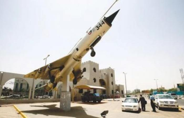 Naam: Mig 21 , Khartoum, Soedan..jpg Bekeken: 116 Grootte: 30,7 KB