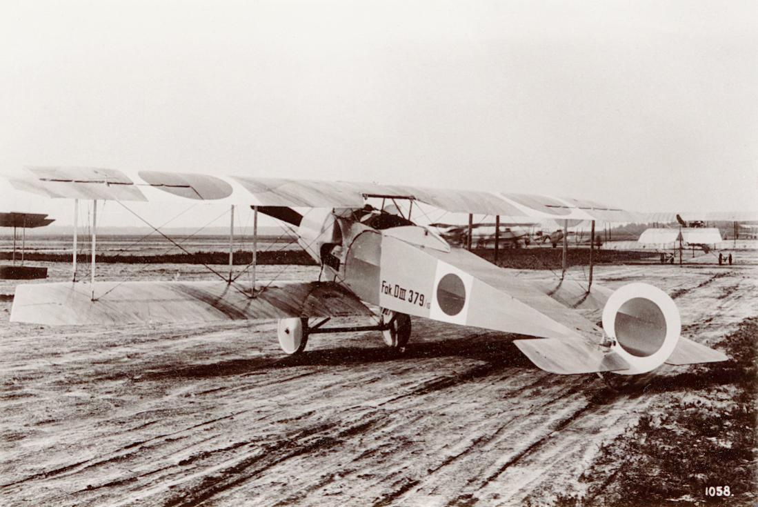 Naam: Foto 113. Fokker D.III. 1100 breed.jpg Bekeken: 184 Grootte: 118,7 KB