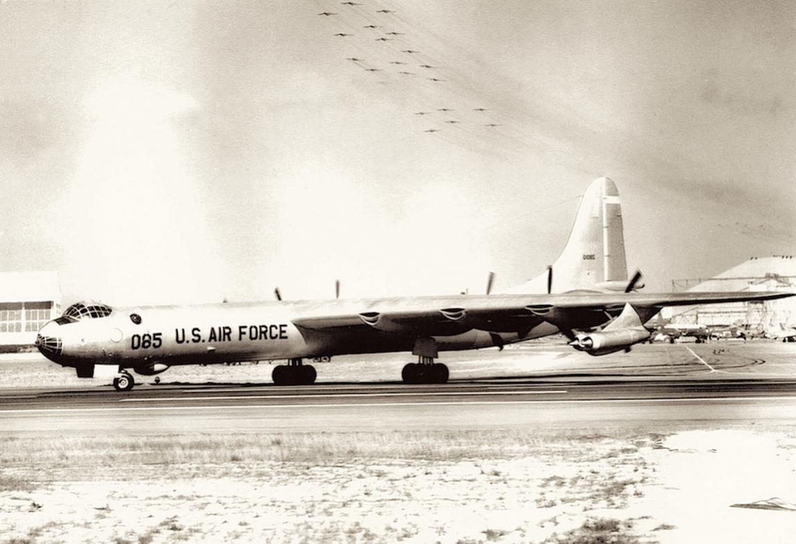 Naam: Foto 3. Convair B-36 %220085%22.jpg Bekeken: 3639 Grootte: 105,7 KB