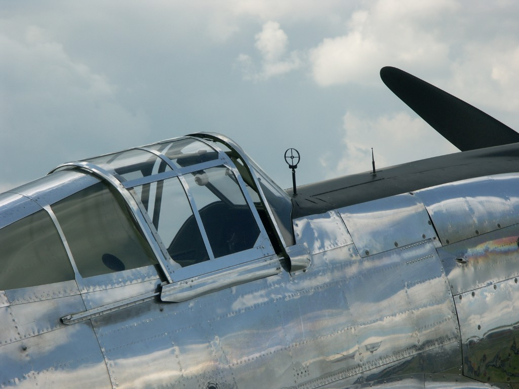 Naam: Curtiss P-40C.jpg Bekeken: 632 Grootte: 129,9 KB
