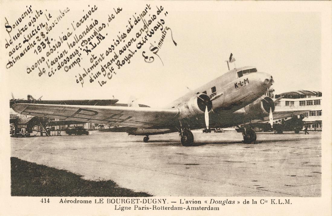Naam: Kaart 840. KLM DC-2 op Le Bourget-Dugny. 1100 breed.jpg Bekeken: 39 Grootte: 127,2 KB