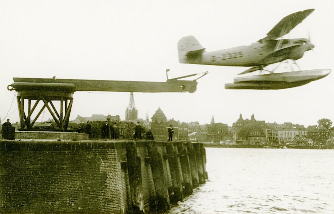 Naam: Foto 486. 'D-2325'. Heinkel He 60 B. 1100 breed.jpg Bekeken: 597 Grootte: 89,9 KB
