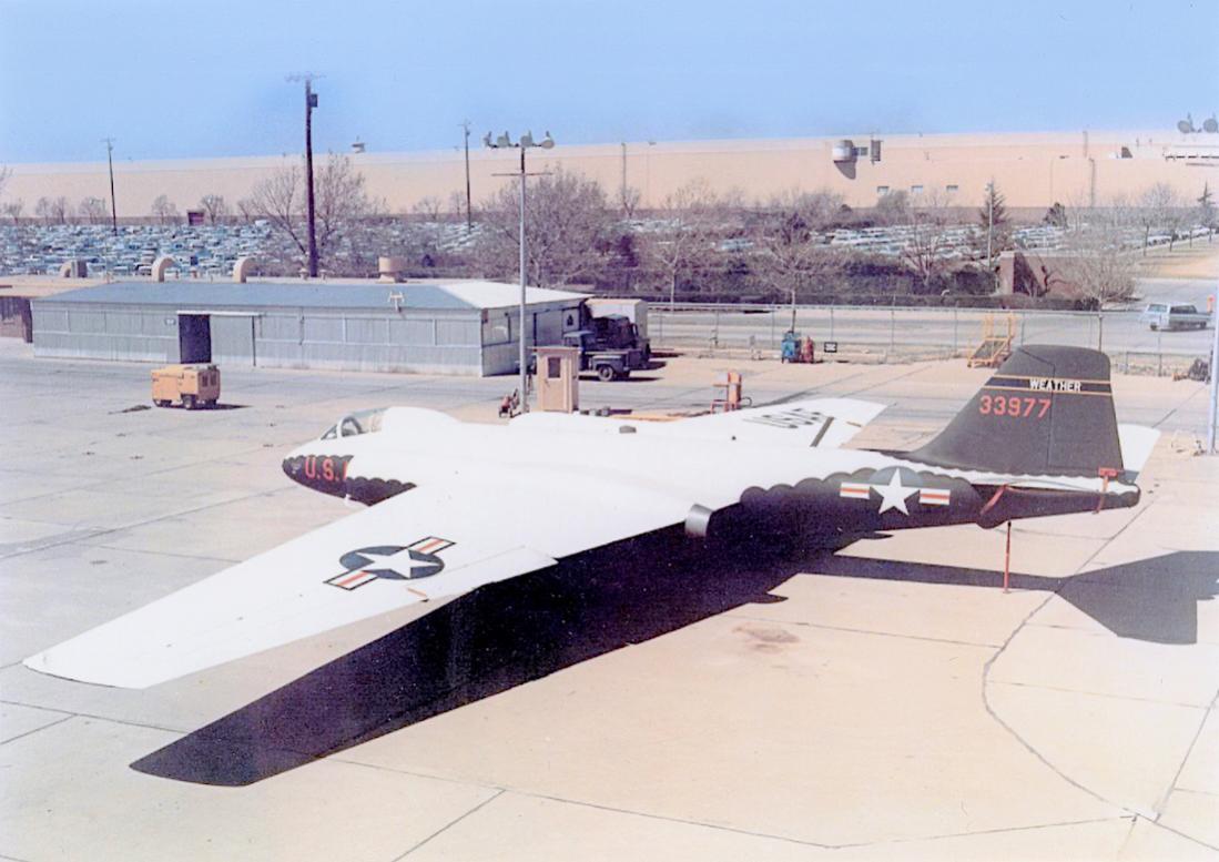Naam: Foto 795. Martin RB-57D (photo), then WB-57D, then EB-57D. 1100 breed.jpg Bekeken: 94 Grootte: 88,7 KB