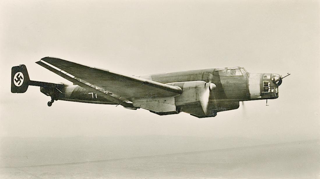 Naam: Foto 580. Junkers Ju-86. 1100 breed.jpg Bekeken: 86 Grootte: 54,1 KB