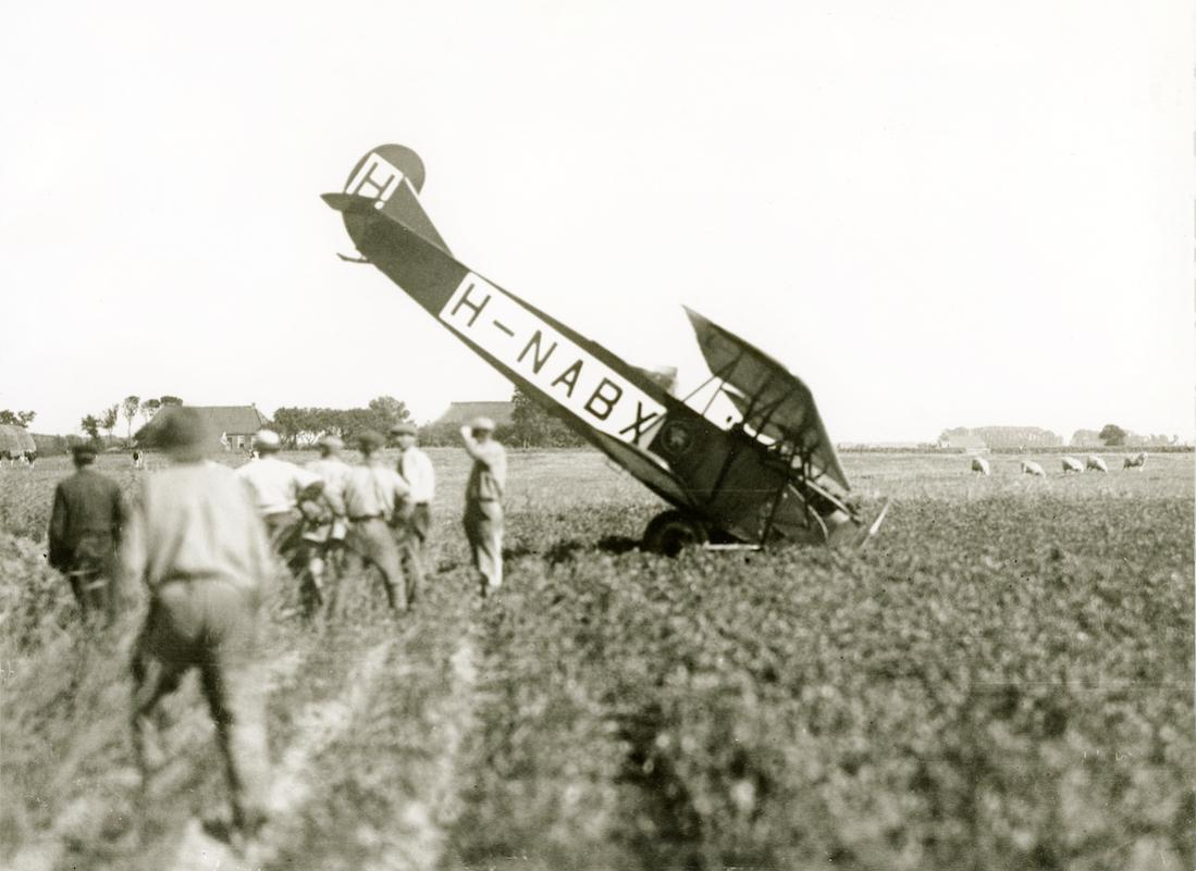 Naam: Foto 368. H-NABX. Fokker (KLM) C.II. Door KLM uit van de LVA afkomstige onderdelen gebouwd. 1100.jpg Bekeken: 130 Grootte: 87,9 KB