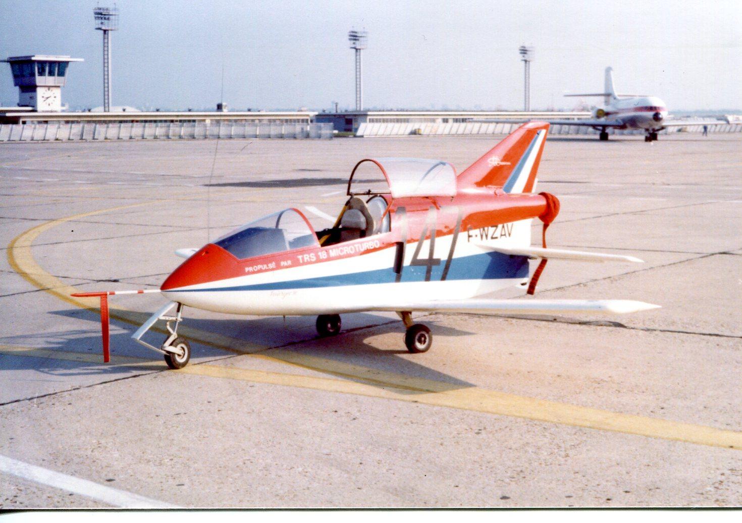 Naam: Le Bourget - juni 1977.jpg Bekeken: 268 Grootte: 237,3 KB